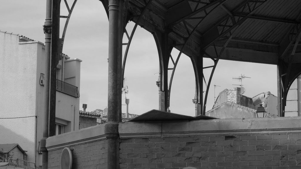 Traverses - 2016-03-22 façades mises à nu Halles 11