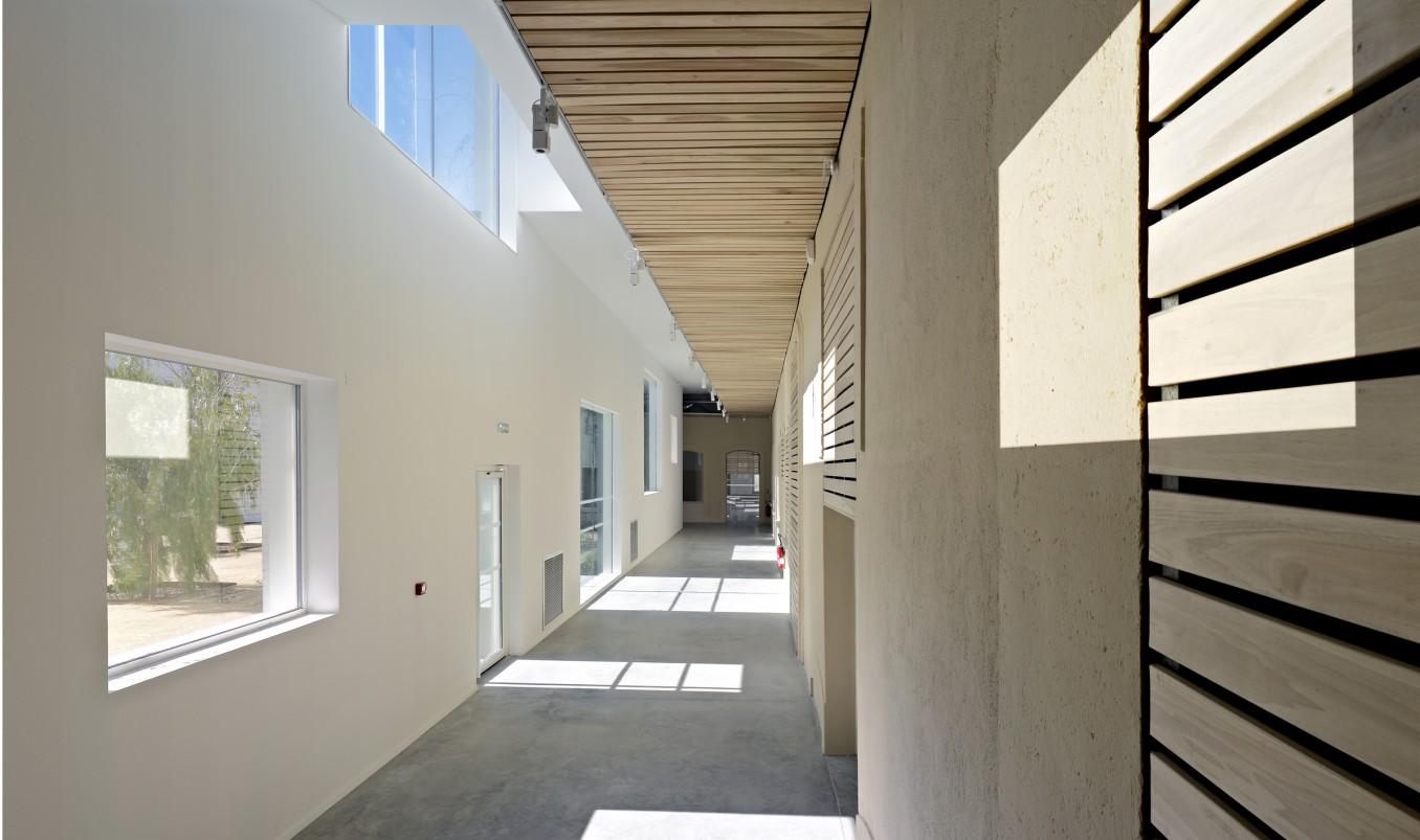 Traverses - couloir intérieur - crédits photo : Brice Pelleschi