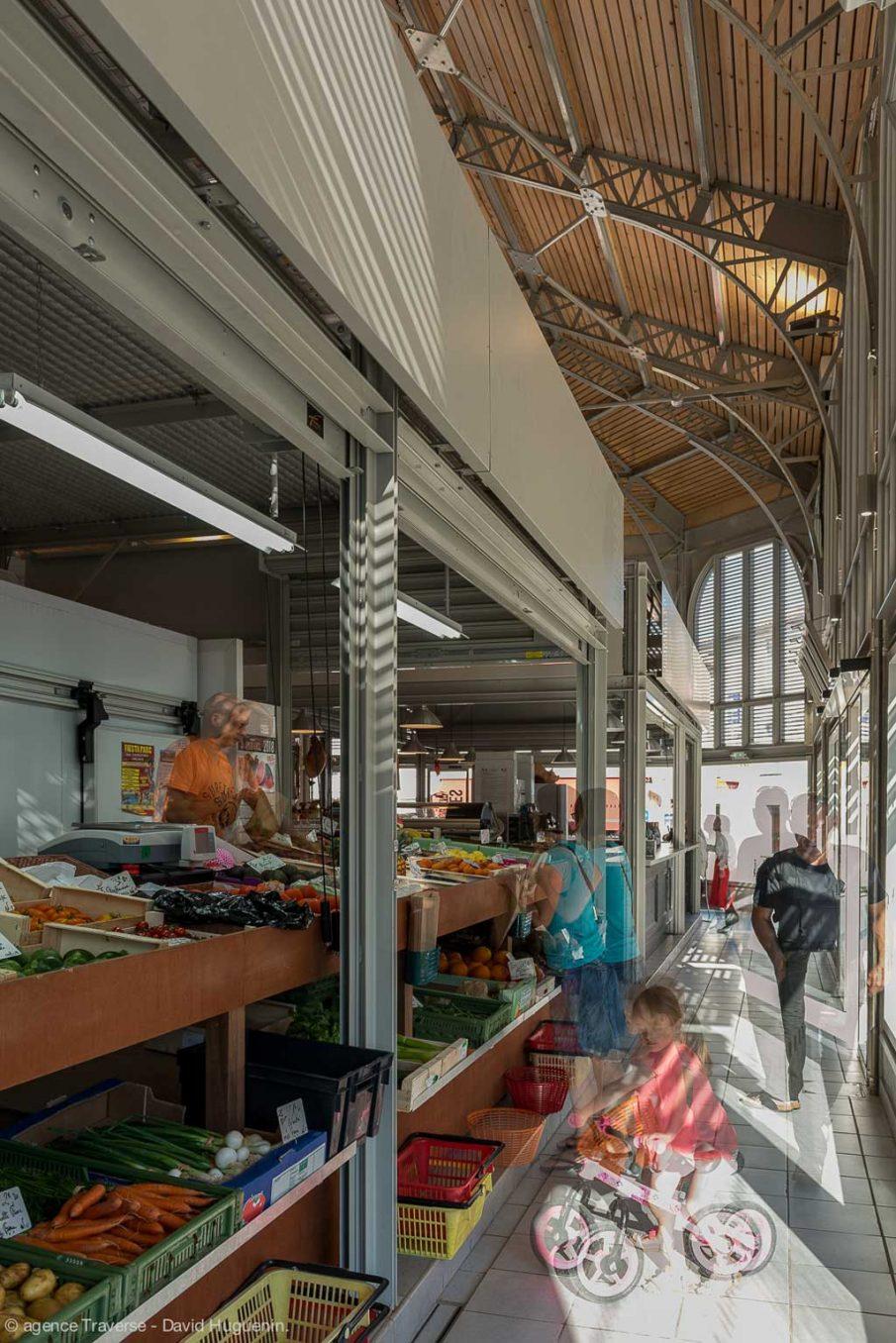 Traverses - vue intérieure des halles rénovées