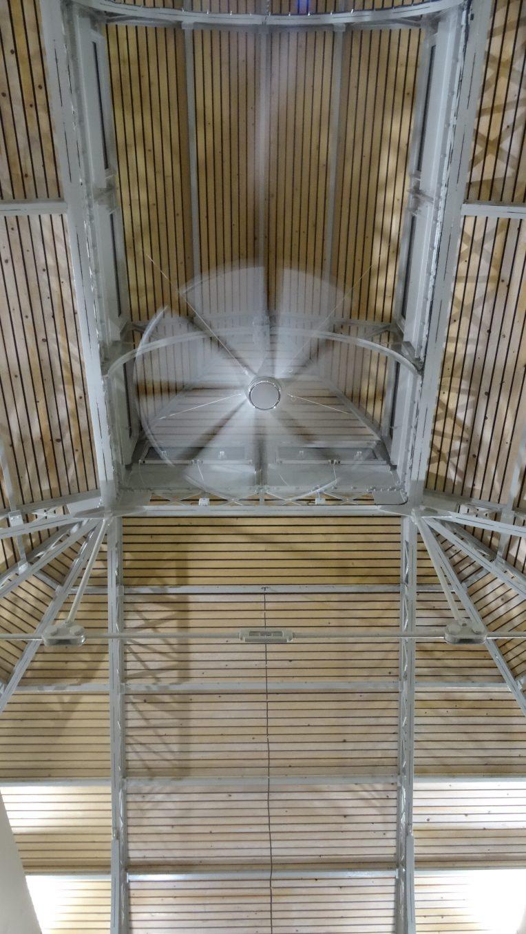 Traverses - vue sur les nouveaux lanterneaux et brasseurs d'air